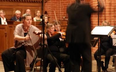 Eenkema concert Zeerijp, Filharmonie Noord. Soliste Annette Scholten lame sonore